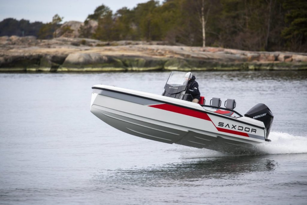 As kippari says it: Saxdor watercraft is excellent to drive – a real wave rider. (Only in Finnish) - Saxdor Yachts