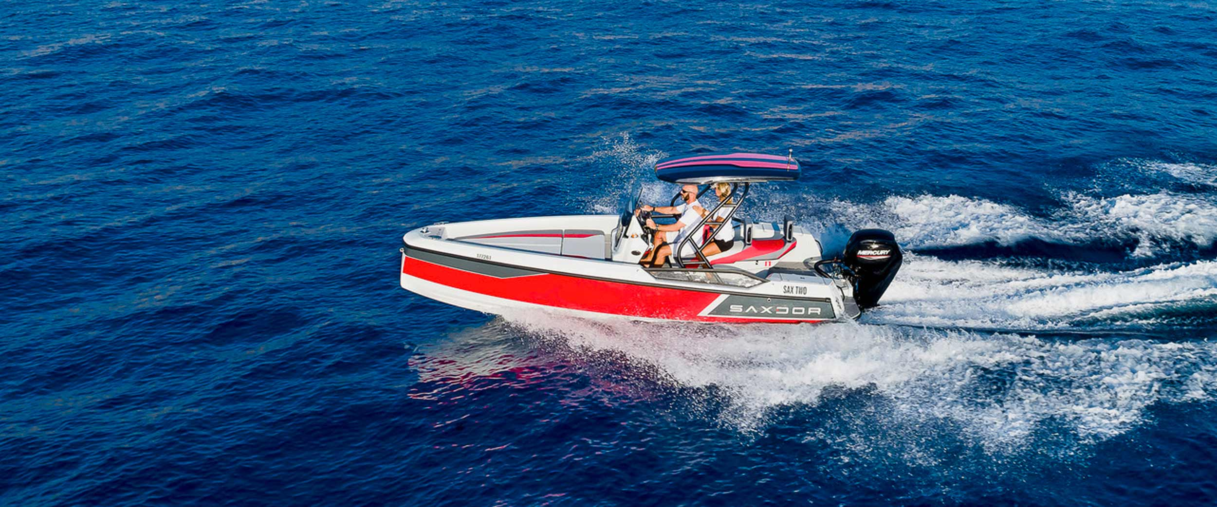 Saxdor Yachts -  Front page slide 4 – S200 powerboat